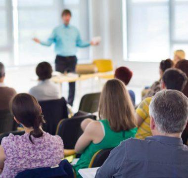 Importância de participar de cursos e eventos sobre renovação do ar