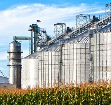 Aeração de grãos armazenados