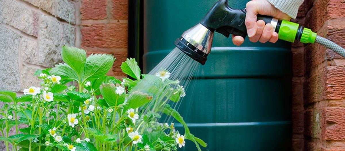 Dicas de como reaproveitar a água do ar condicionado